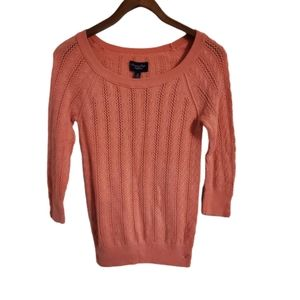 American Eagle Coral 3/4 Sleeve Knit Sweater